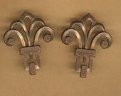 vintage solid brass finding, curvy almost fleur de lis shape old brass findings from FRANCE you get TWO solid findings