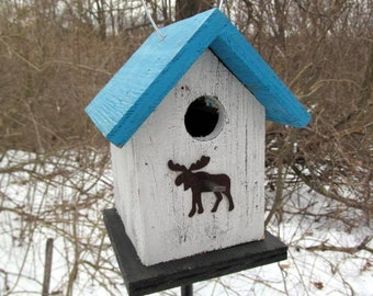 White Primitive Birdhouse Rusty Metal Moose Chickadee Wren Cute Songbirds