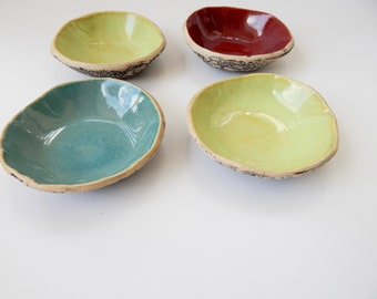 Textured bottom bowls- stackable - Red - Turquoise - Lime green - Antique lace - Food prep- Kitchen - Stoneware bowls - Lace pottery - Bowls
