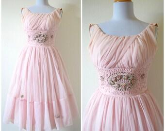 Vintage 50s 60s Prima Donna Powder Pink New Look Party Dress (size xxs, xs)