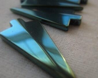 Turquoise Arrowhead Pendant Gemstone Hematite Arrowhead Item No. 4866