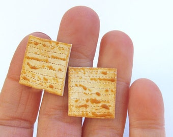 Matzah Cuff Links - Food Cuff Links - Fathers Day Gift - Mens Cuff Links - Matzah - Matzo - Food Jewelry - Passover Jewelry - Jewish Gifts