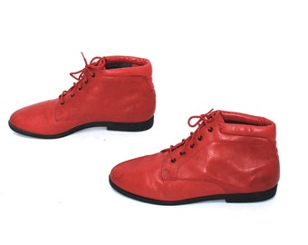 size 7.5 GRUNGE red leather 80s 90s COMBAT lace up ankle boots