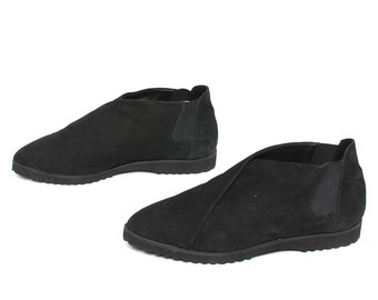 size 9 CHELSEA black VEGAN suede 80s 90s MINIMAL slip on ankle boots