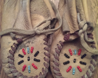 Sweet Pair ofVintage  Leather Beaded Kid's Moccasins Baby Shoes