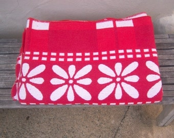 Beacon Hill camp blanket / COTTON red white floral large 86x98