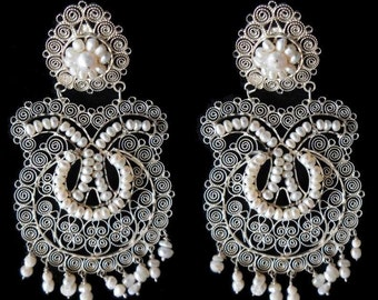Large filigree with fresh water pearls earrings Frida Style.