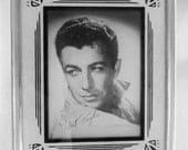 Vintage old~time movie star picture art deco frame Robert Taylor 1940-1949s
