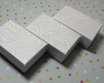 Pre Holiday Stock Up Sale 20 Pack of 2.5X1.5X1 Inch Size White Swirl Cotton Filled Jewelry Gift Merchandise Boxes