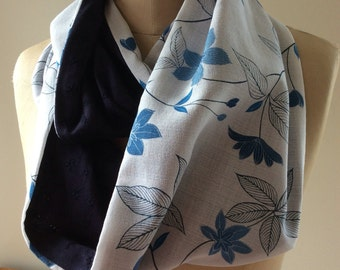 Stunning Blue and White Vintage Infinity Scarf - reversible