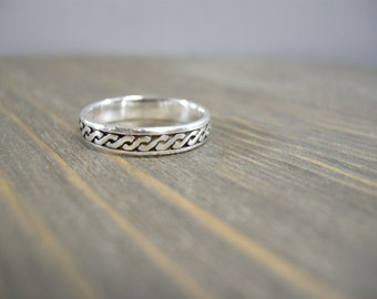 vintage sterling ring, size 6, braid pattern, sterling silver, above the knuckle ring