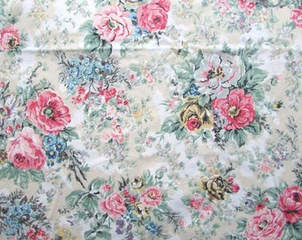 Vintage Ralph Lauren All Cotton Twin Size Flat Sheet, Floral Design, Garden Flowers on Bone and White
