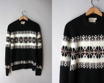 1950s Sweater / Vintage 50's Mens Patterned Sweater / 50s 60s Black Orlon Campus Sweater