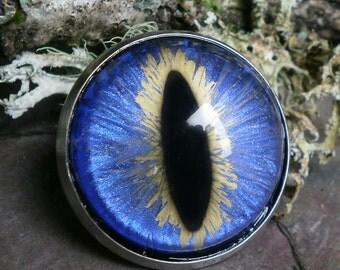 Gothic Steampunk Periwinkle Blue Eye Pin Brooch