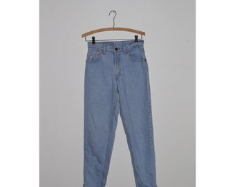 1990s Light Wash Levis Jeans