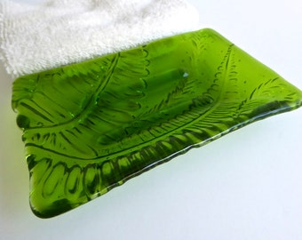 Fused Glass Fern Imprint Soap Dish in Spring Green by BPRDesigns