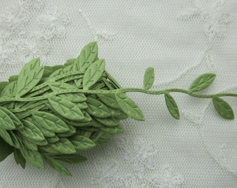 3 yds GREEN leaf trim on a vine great for scrapbooking quilts clothing holiday bridal