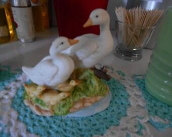 Vintage Easter Figurine Duck Family Mom Dad 3 babies