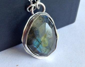 Rose Cut Labradorite Necklace - Free Form Modern Labradorite - Modern Bohemian Jewelry - Boho Chic - Boho Style