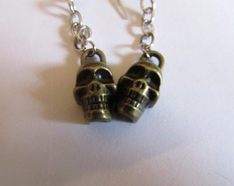 skull with chain name metal