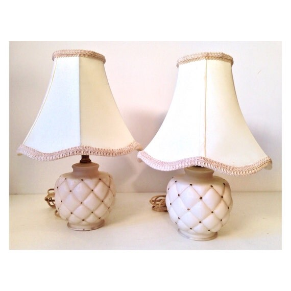 vintage table lamps - quilted satin glass - cream gold - Mid Century Modern - bedside nursery - Set of 2