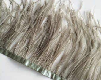 OSTRICH FEATHER FRINGE  Grey Sage, Meadow Green /  3 - 04