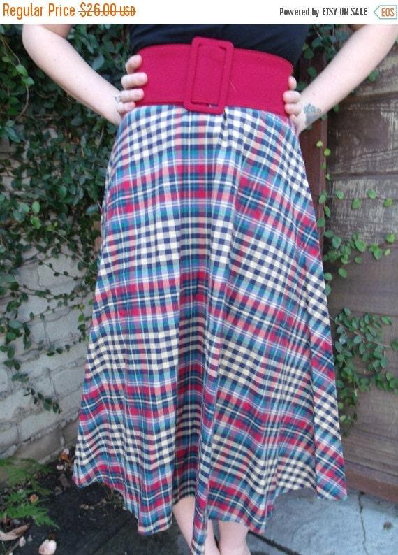 SALE Vintage Plaid Accordion Pleated Skirt. Schoolgirl Skirt. Full Skirt
