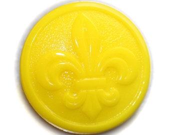 Button ~ Glass Yellow F.D.L. Vintage - Medium