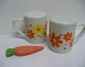 Takahashi Salt and Pepper Shakers - Flower Power