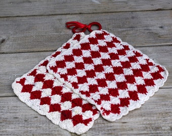 Pair of Vintage Crocheted Hot Pads Red and White