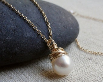 2-DAY 20% OFF SALE White Pearl Solitaire Necklace, Gold filled, wire wrapped. Classic simple bridesmaid gift, jewelry for the bridal party