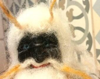 Yeti Wedding Topping, Proposal gift, engagement totem, Sasquatch party, Bigfoot, Love gift, Romantic miniature, Abominable Snowman totem