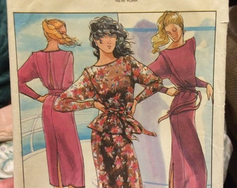 Butterick 6687 P. J. Walsh Women's Top, belt and skirt  Sz 12