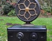Kent Atwater Tube Radio and Speaker