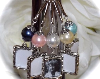 Wedding bouquet photo charm. Small picture frame for a brides bouquet. Bridal shower gift. Memorial charms - sister gift idea.