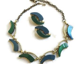 Vintage Blue & Green Lucite Thermoset Necklace and clip Earrings Demi Parure Set