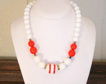 Red White Striped Bead Necklace Vintage Mod 1960s - 1970s