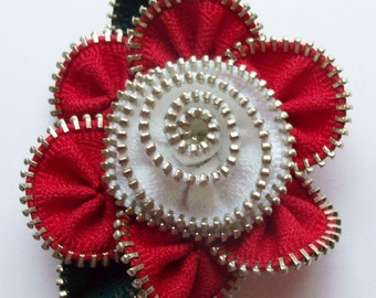 Red and White Floral Brooch / Zipper Pin by ZipPinning 3014