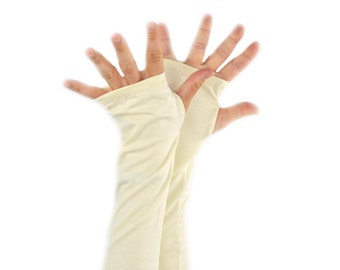 Arm Warmers in Cream - Organic Cotton Soy - Fingerless Gloves - LAST PAIR
