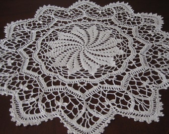 Crochet, art deco table center, doily, napkin, very detailed,cream, beige color. natural look,new, hand made by Demet, ready to mail