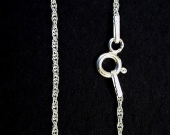 "Fine Double-Link Twisted 15"" Sterling Silver Chain from Italy."