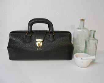 Vintage DOCTOR'S BAG Steampunk Satchel WALRUS Dr. Bag Black Leather Physician Bag Doctor Bag Leather Purse Valise Weekender