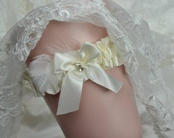 Wedding Toss Garter - Bridal Toss Garter- Ivory Satin Toss Garter