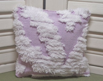 Lavender sachet, remember grandma's bedspread?...it's back!.. upcycled as a sachet, vintage chenille, 100% dried lavender for a lovely scent