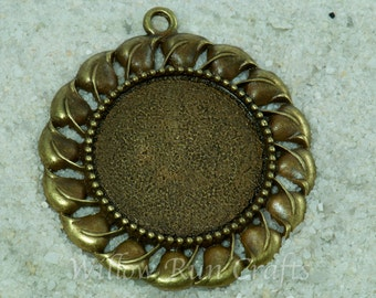 10 pcs 30mm Bronze Pendant Tray with Decorative Edge with 10 Glass Cabochons 30mm Circle Bezel (19-16-420), Blank Cabochon Setting