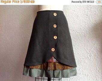 SALE Virginia wool ruffle front skirt Sz 4