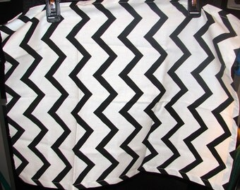 Black and White Zig Zag Cotton Fabric Remnant