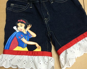 Custom clothes Hand Painted Disney Princess Snow White SHORTS With ruffle   Sizes 6m to 24m, 2t to 12 teen