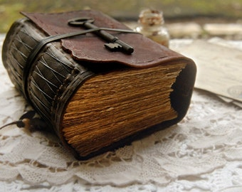 Rugged Rouge - Burgundy & Dark Brown Leather Journal, Extra Thick, 430 Tea Stained Pages, Vintage Key - OOAK