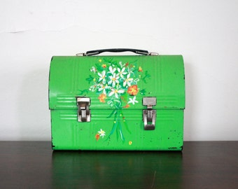 Vintage Painted Green Metal Lunchbox